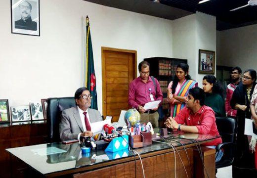 অংশগ্রহণমূলক নির্বাচন নয়, তাই ভোটার নেই: ইসি মাহবুব