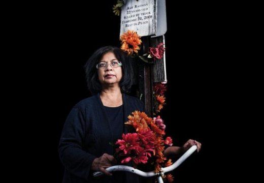 ছেলেহারা মায়ের নিরাপদ সড়ক আন্দেলনে নিউইয়র্কে 'আসিফ রহমান ওয়ে'